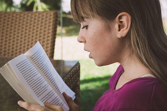3 façons d'inspirer l'amour de la lecture chez vos enfants
