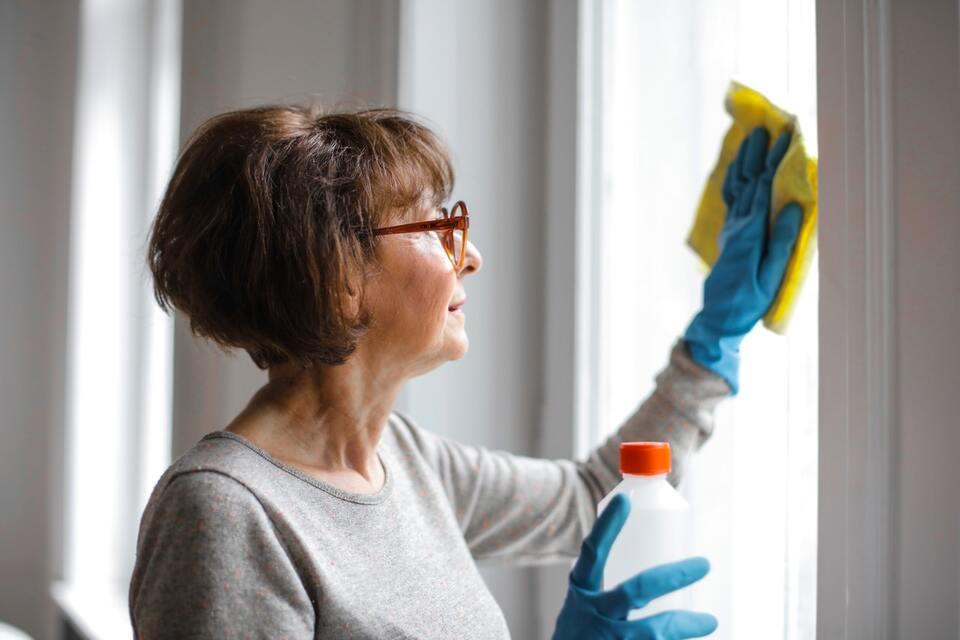 Guide pratique pour nettoyer les vitres de vos fenêtres